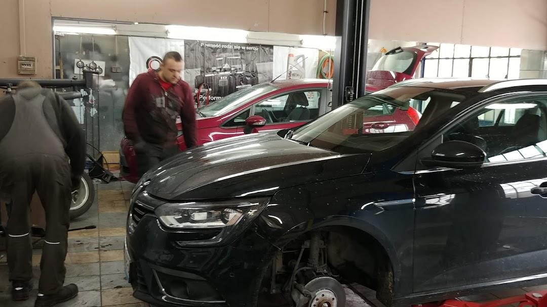 Auto Centrum Mokotów Naprawa Samochodów I Motocykli Wymiana Opon