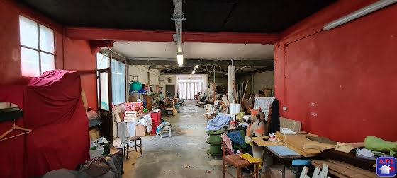 Vente divers 8 pièces 200 m2