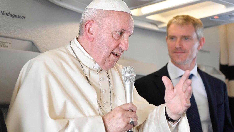 Toàn văn họp báo trên máy bay của Đức Thánh Cha trên chuyến bay trở về từ Châu Phi (Phần I)