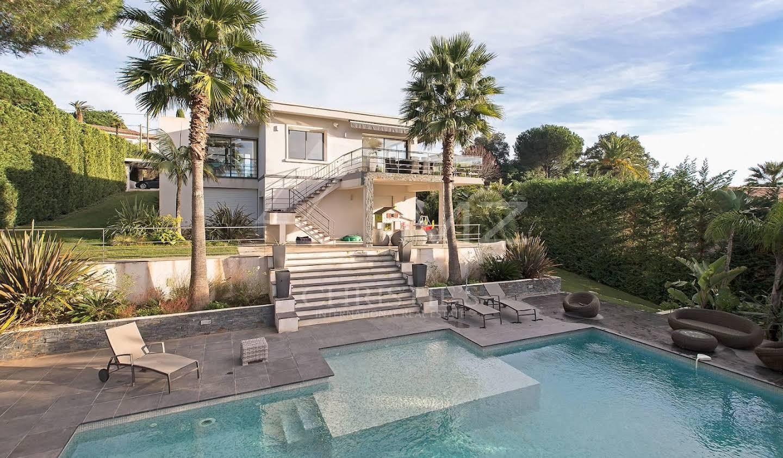 Villa with pool Vallauris