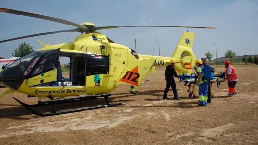 Helicóptero sanitario del 112.