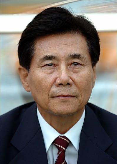 김정남 명예회장