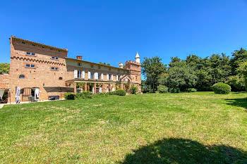 Château 15 pièces 710 m2