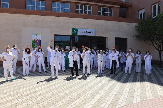 El Hospital de Poniente se ha sumado a la celebración.