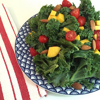 Ease Inflammation with a Kale and Tomato Salad Recipe