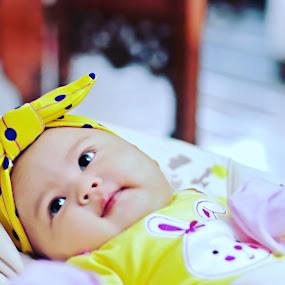 Baby alesha by Andi Irawan - Babies & Children Babies ( beautiful, children, candid, baby, cute, photography )