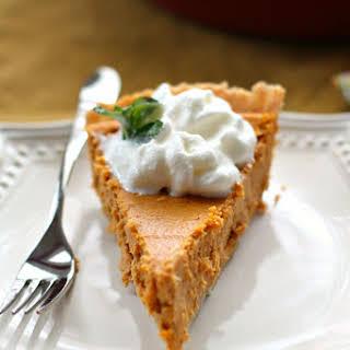 Easy Cream Cheese Pumpkin Pie #Thanksgiving #EasyAsPie.