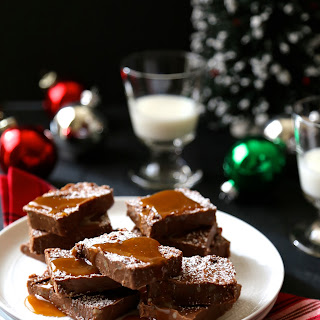 Easy Five Minute Fudge with Gingerbread Marshmallows & Caramel Sauce