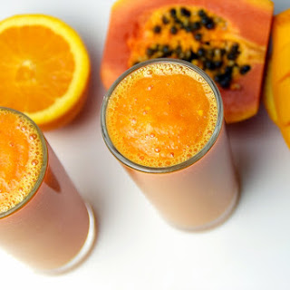 PAPAYA TURMERIC SMOOTHIE