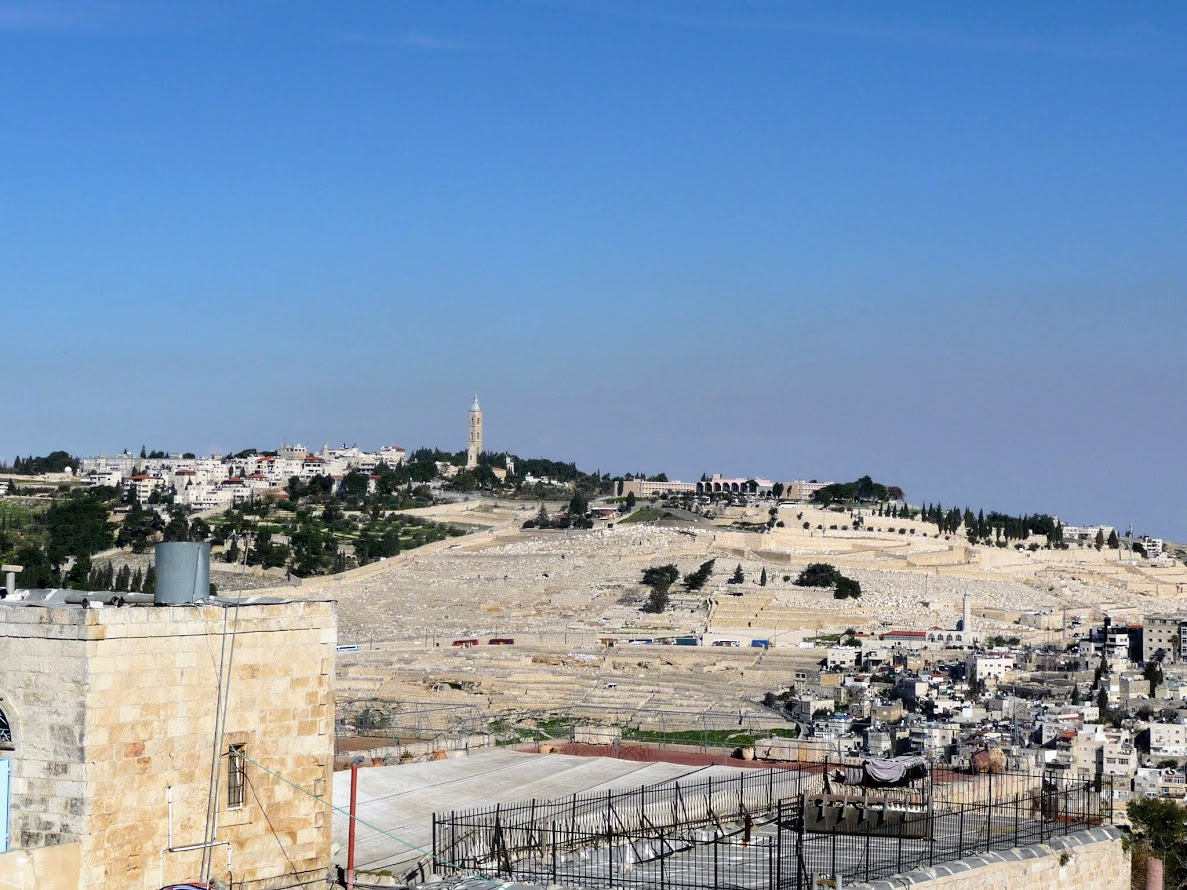 Travel to Israel - Jerusalem. A look at all the tombs on Mount of Olives, The Mount has been used as a Jewish cemetery for over 3,000 years and holds approximately 150,000 graves.