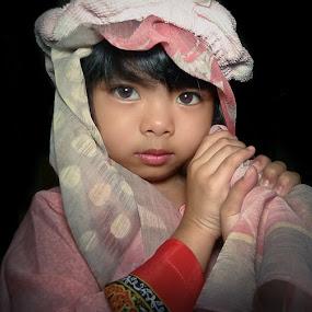 Arabica..Zara by Izhar  Hj.Ishak - Babies & Children Child Portraits