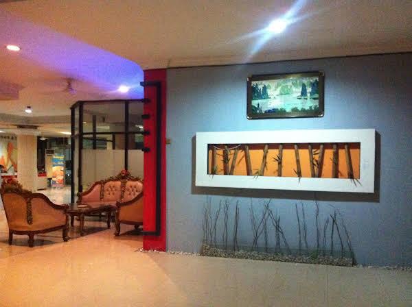 Manado Plaza Hotel