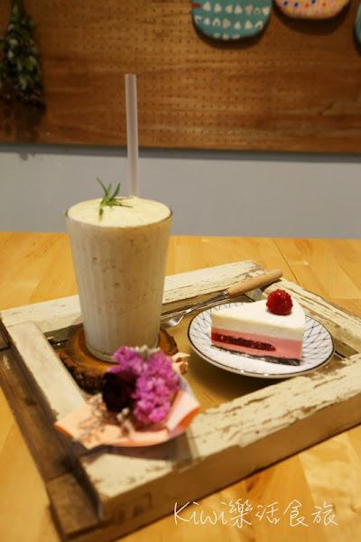 蒔嚐咖啡しばしば 北區老宅裡的甜點店,乾燥花氛圍IG打卡熱點(友善寵物)
