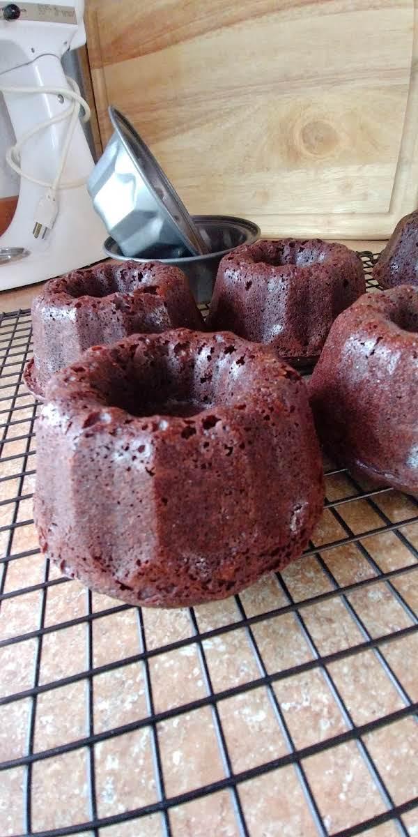 Chocolate Sour Cream Pound Cake Recipe
