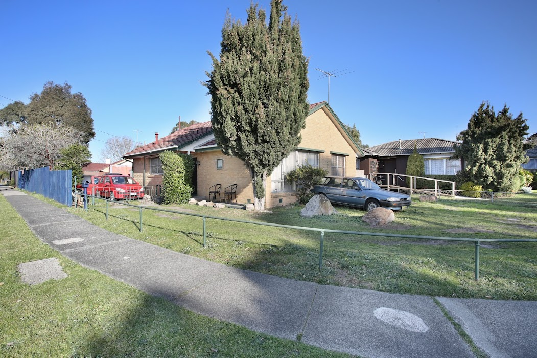 Main photo of property at 64 Pine Street, Frankston North 3200