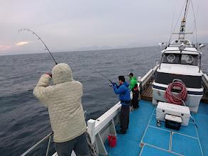 Photo: ここ最近、釣果も天気も好調! ・・・今日は「あの人」が乗船してます。 案の定、「シケ」です。 しかし、出航できただけOK!?かな?