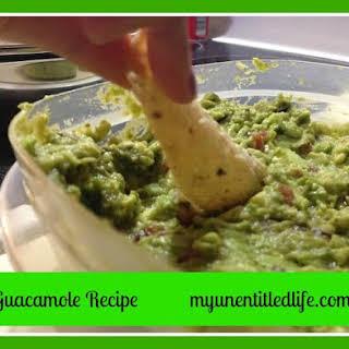 Quick and Easy Homemade Guacamole #cincodemayo.