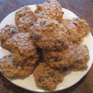 The Best Whole Wheat Oatmeal Chocolate Chip Cookies.