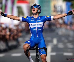 """Ook Twitter gaat helemaal los na grote Remco-show: """"Eddy Evenepoel kan potje fietsen"""" en """"Jezus, wat een coureur!"""""""