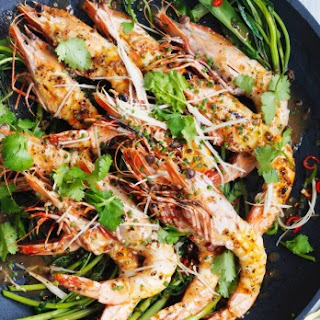 Barbecued Prawns With Pepper Sauce.