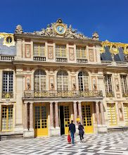 Photo: Entrance to the palace of the king's spinster sisters. The entire site of Versailles was so opulent (2 billion to build by todays standards) that people often thought they'd entered the palace when they were really only in the stables.
