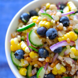 Grains Salad with Blueberries and Fresh Corn