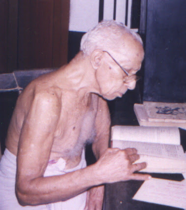 Photo: Kulapathi Late Prof K P Narayana Pisharody