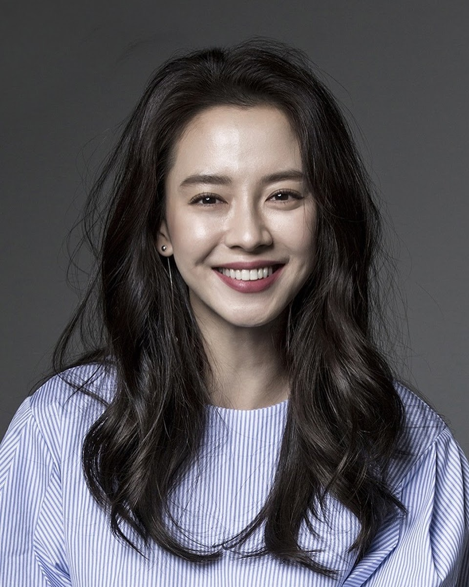 song ji hyo CLEO Singapore