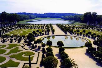 Photo: Orangerie et la pièce d'eau des Suisses au Château de Versailles