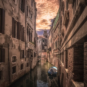 Rio de la Verona by Ole Steffensen - City,  Street & Park  Neighborhoods ( venezia, rio de la verona, venice, bridge, boat, canal,  )