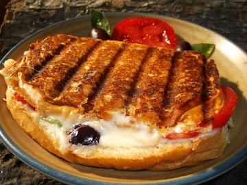 Delicious Grilled Caprese Sandwich Recipe