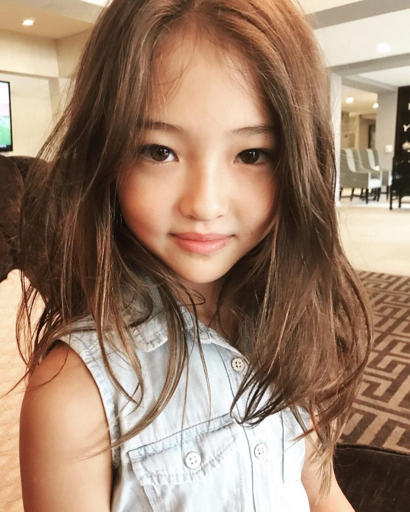 This Gorgeous Gap Kids Model Was Born In 2008 To A Korean Mother And American Father Clearly She Inherited The Best Of Both Worlds