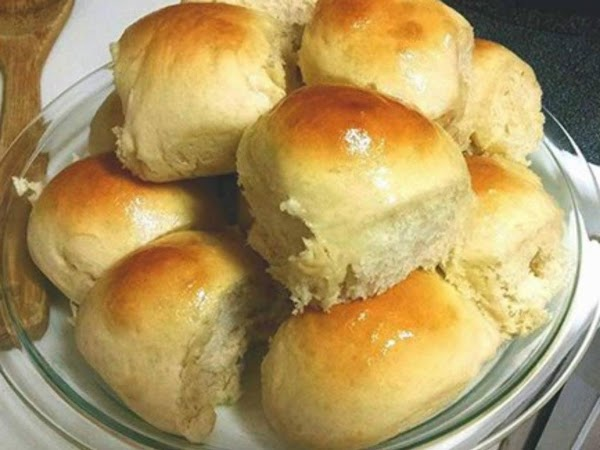 Easy Big Fat Yeast Rolls Recipe