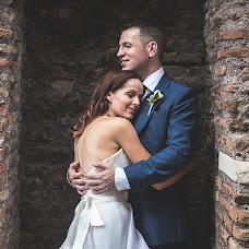 Fotografo di matrimoni Luca Caparrelli (LucaCaparrelli). Foto del 14.08.2018