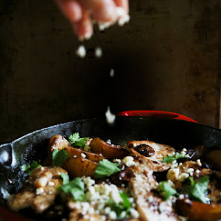 PORK CHOPS WITH BALSAMIC VINEGAR AND GORGONZOLA CHEESE