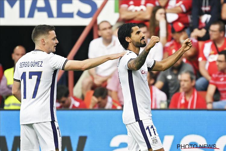 Anderlecht wint zout- en peperloze Clasico nadat Standard al na 6 minuten met 10 stond (en eindigde met 9)