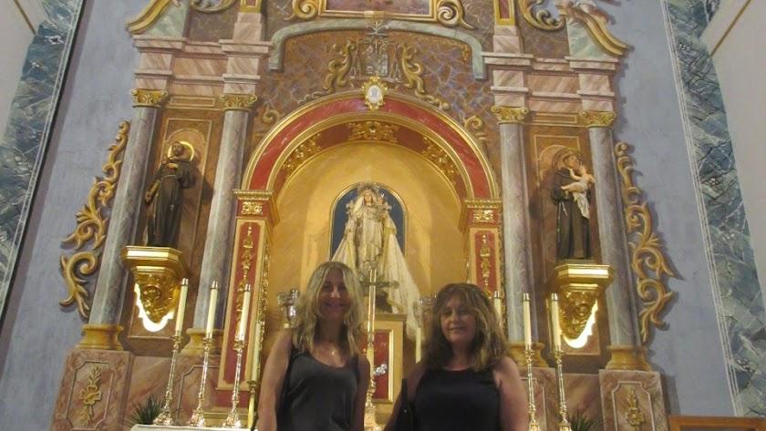 Isabel y Remedios Cervantes, dos de las tres hijas del pintor Pedro Cervantes.