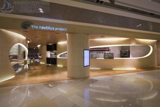 Thiết kế cửa hàng ăn uống có cột điện và thiết bị dưới đất