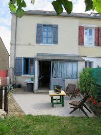 maison à Chezal-Benoît (18)