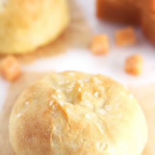 Caramel-Filled Pretzel Bites