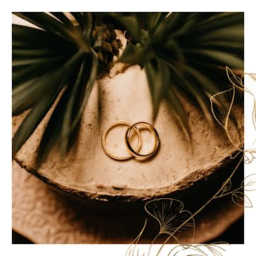 Perfect Gold Bands - Wedding Template