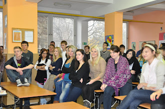 Photo: Den živých jazyků (kmenová třída 3. A, jazyková učebna J2, učebna výtvarné výchovy - středa 24. říjen 2012).