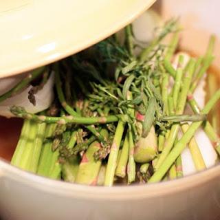 Simple Spring Asparagus Soup