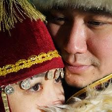 Wedding photographer Dulat Satybaldiev (dulatscom). Photo of 10.04.2018