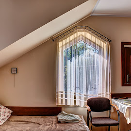 Na poddaszu by Marek Rosiński - Buildings & Architecture Other Interior ( attic, living room, indoor, room, architecture )
