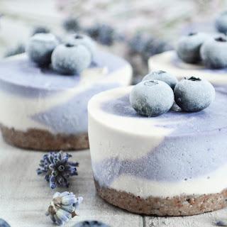 Maqui Berry-vanilla Cupcakes.