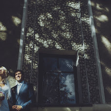 Wedding photographer Viktor Lipkov (stilyagiphoto). Photo of 30.11.2012