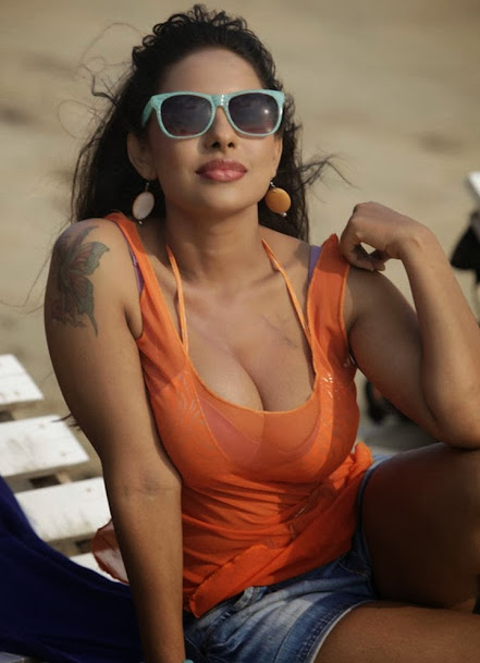 Sri Lekha hot Movie Stills, Sri Lekha Beach Photoshoot