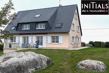 Maison 11 pièces 298 m2