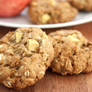 Cinnamon Apple Oatmeal Cookies